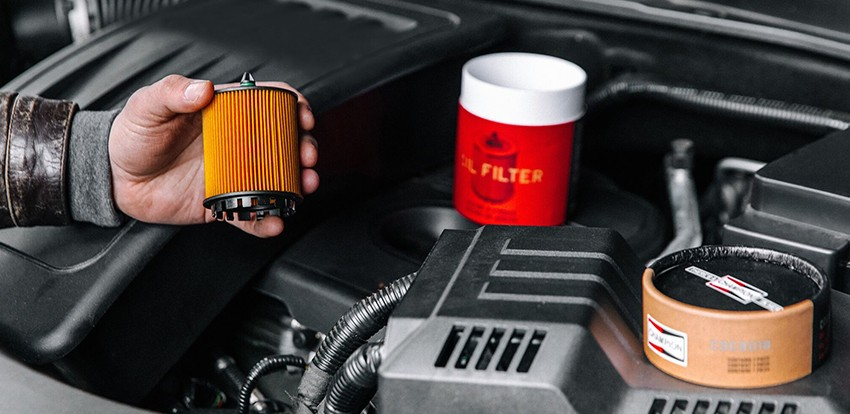 What-Does-The-Oil-Filter-Do