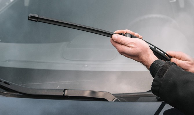 Champion_Picking-the-Right-Wiper-Blade